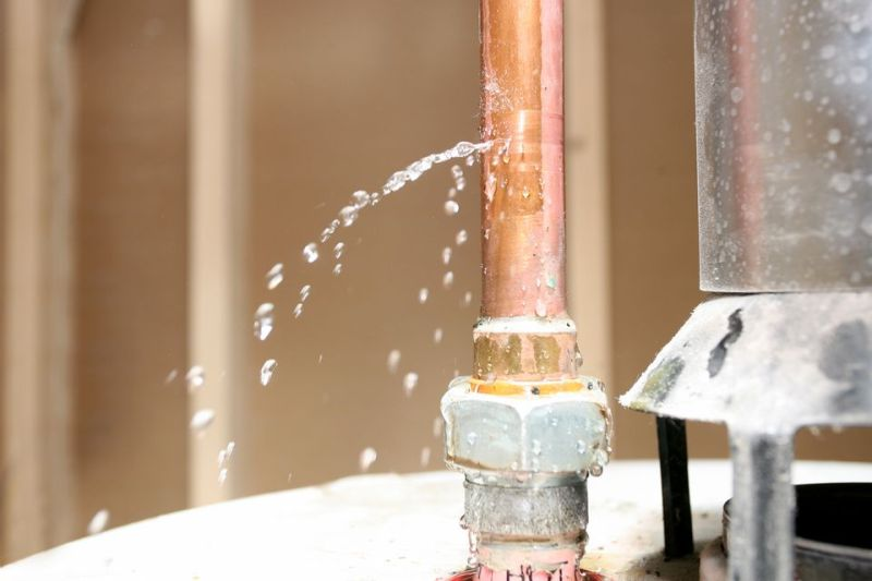 what-should-you-do-when-water-heater-leaking
